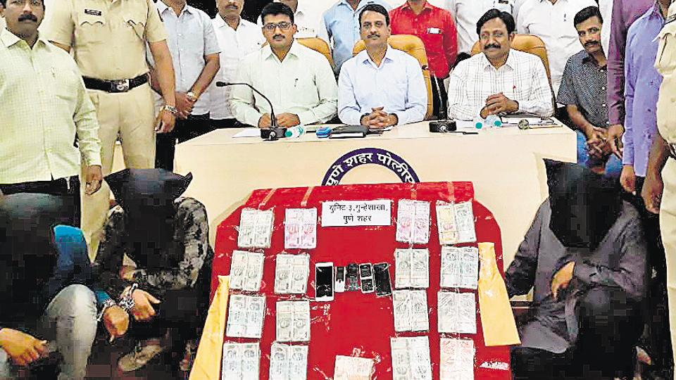 Five arrested by Pune police for robbing petrol pump employees