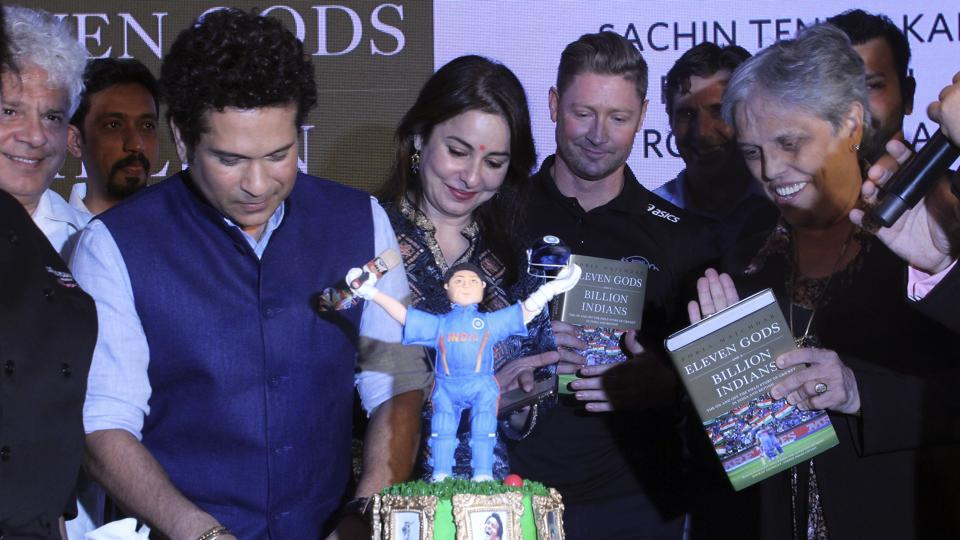 Tendulkar and Michael Clarke at a book launch in Mumbai on Monday.  (Pramod Thakur/HT Photo)