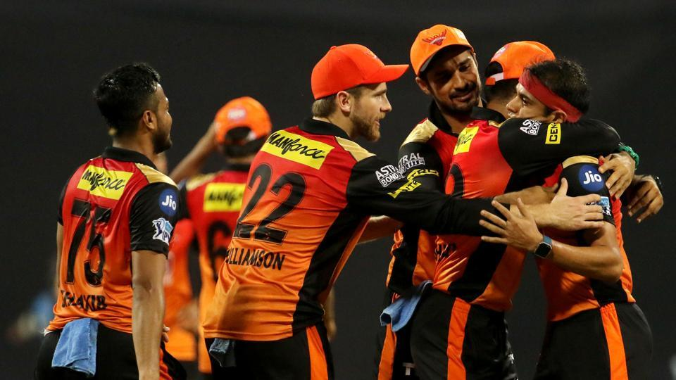 Sunrisers Hyderabad (SRH) players celebrate the wicket of Mumbai Indians' Hardik Pandya during their 2018 Indian Premier League (IPL 2018) match at Wankhede Stadium in Mumbai on Tuesday. SRHproduced a stunning bowling performance, defending a small total of 118 to beat holders MIby 31 runs. (bcci)
