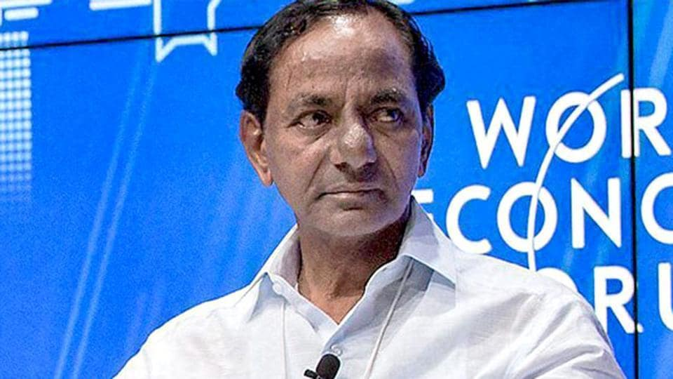 TRS president K Chandrasekhar Rao pointed out that while 70,000 tmc of water was available in the country's rivers, not even 700 crore acres of its land was under irrigation.
