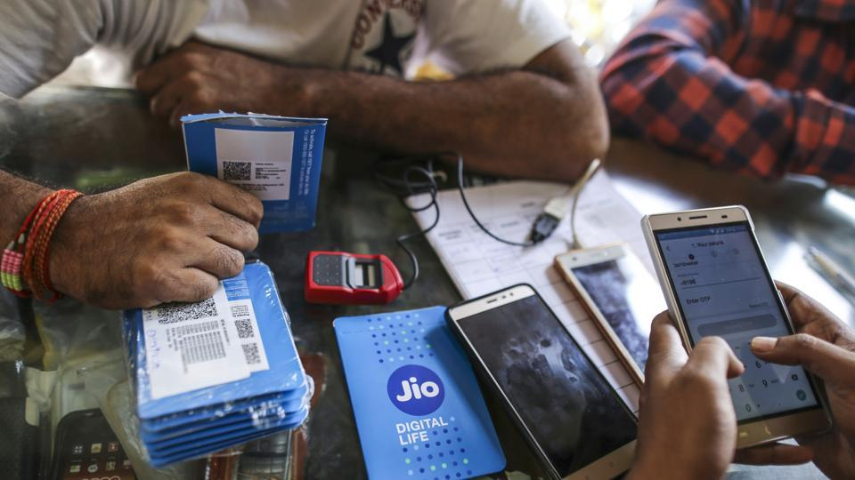 Airtel,Reliance Jio,Airtel data plans