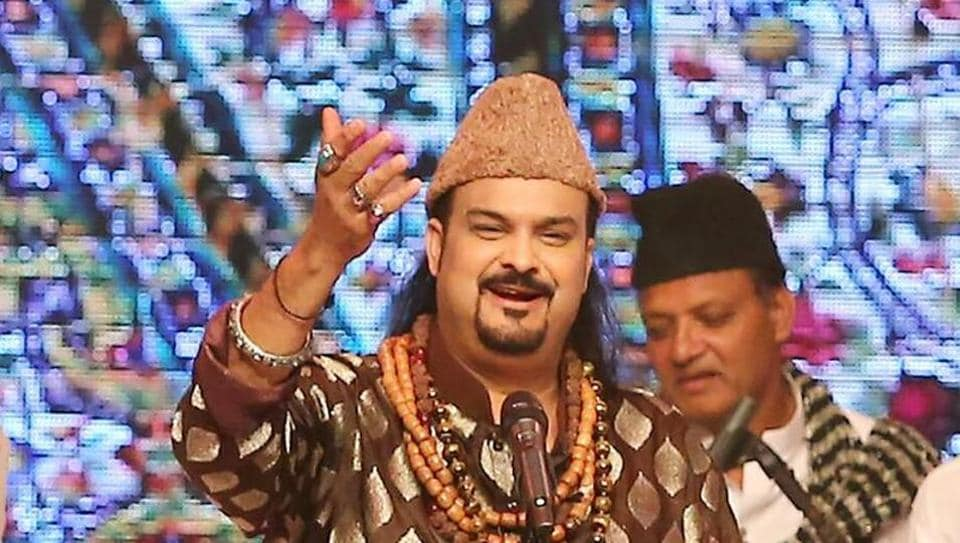 This picture taken on October 1, 2015 shows the Pakistani Sufi musician Amjad Sabri performing during the Lux Style Award who was shot dead in Karachi on June 22, 2016.