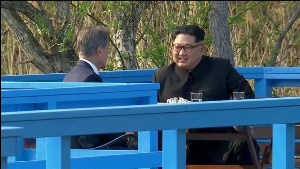 Kim Jong-un,Moon Jae-in,North Korea