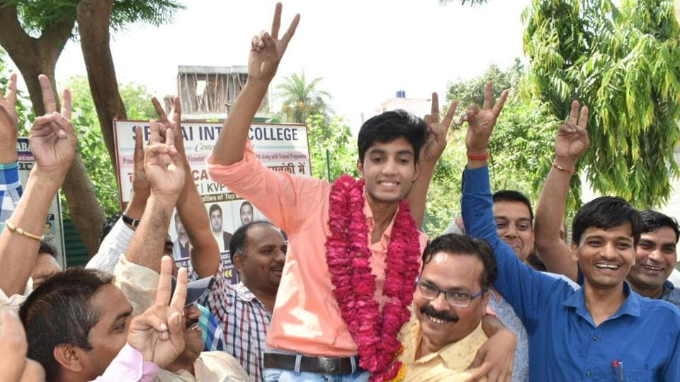 UP board topper,UP board result 2018,UP board class 12 topper