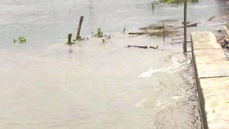 Kosi capsize,Kosi boat capsize,Kosi accident
