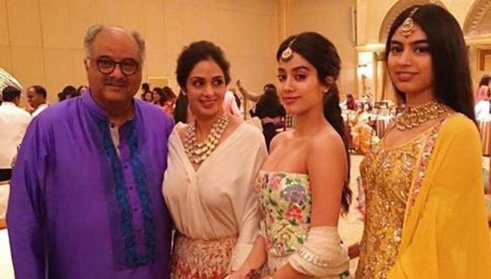 Janhvi Kapoor,Khushi Kapoor,Sridevi