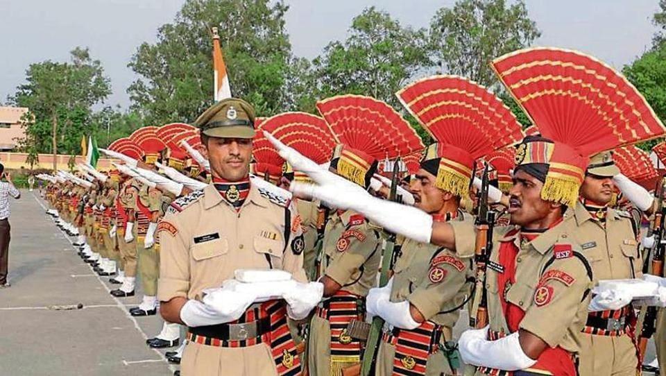 147 recruit constables,recruit constables pass out,BSF training centre