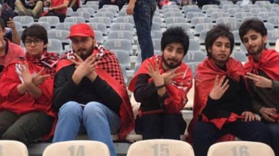 Some female football fans donned fake beards and wigs to attend a major match in Iran.