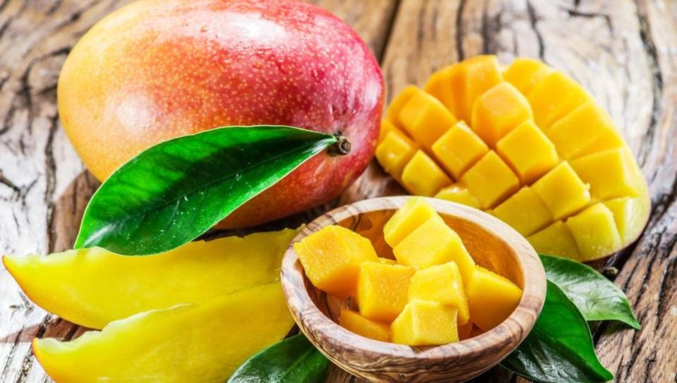 This Summer Diet Lets You Eat Nothing But Mangoes To Lose Weight