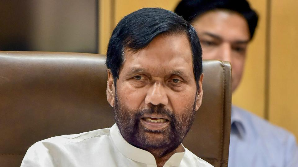 Union minister Ram Vilas Paswan speaks to reporters in New Delhi.
