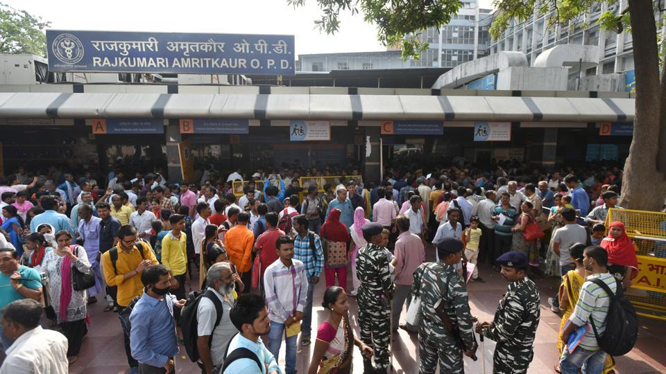 A general view of the crowded OPD after doctors went on a protest march around the AIIMS Campus, at AIIMS Hospital, in New Delhi, on Friday.