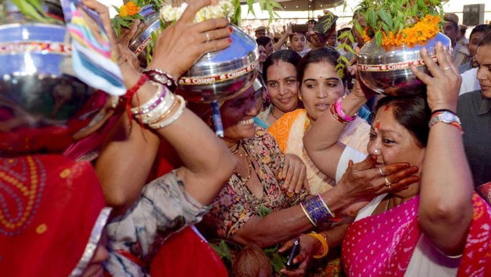 Local women greet CM Vasundhara Raje at Jayal village in Nagaur district on Tuesday.