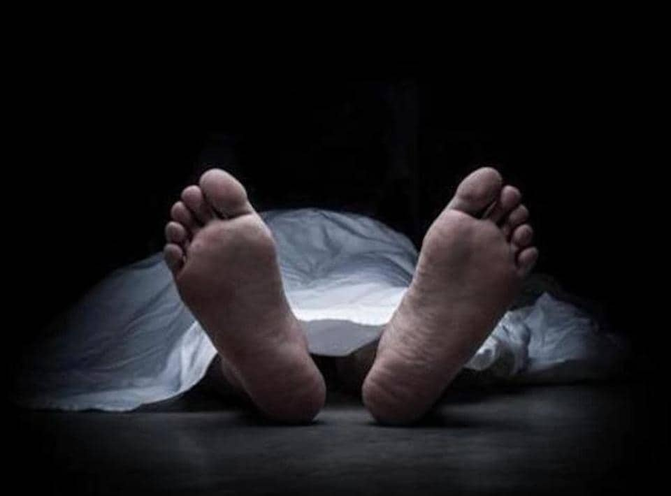 On  April 16, 2017, Vinayak Londhe, 34, was found hanging from the ceiling of his ground floor house in Thane.