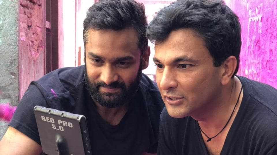 Chef Vikas Khanna (right) shooting for his debut directorial film, The Last Color.