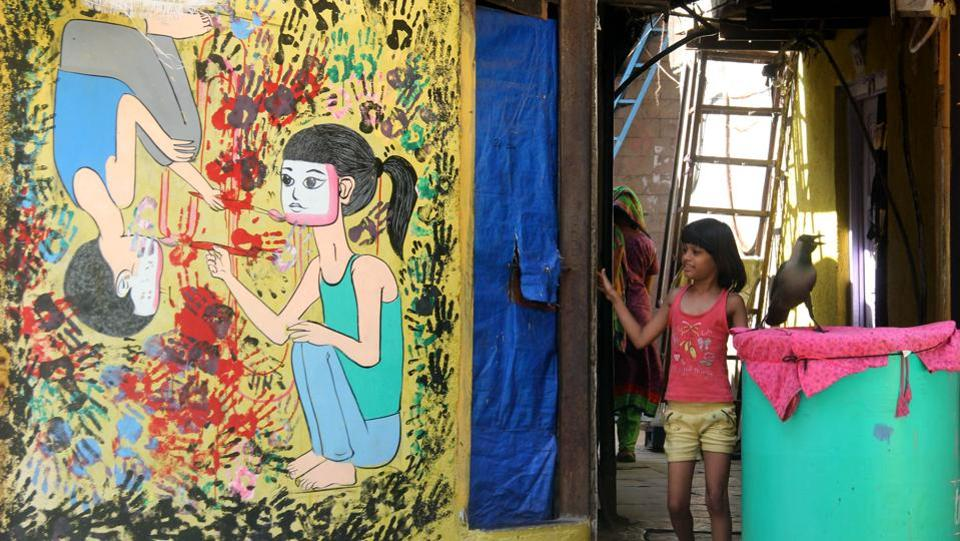 The colourful walls and graffiti have given the locality a dash of cheer and brightness.  (Bhushan Koyande/HT PHOTO)