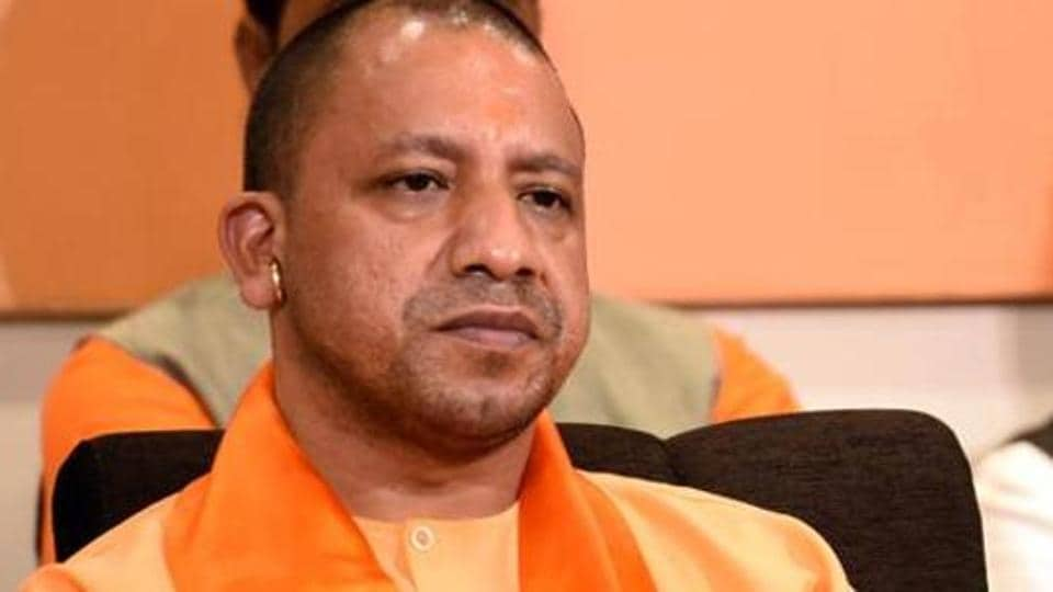 Adityanath reviews storm-affected regions in Kanpur
