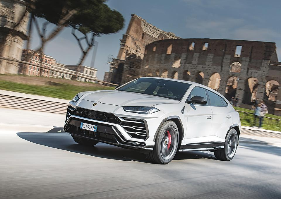 The Urus may not have skyward opening doors like its cousin, the Aventador. But it does have all other Lamborghini design cues