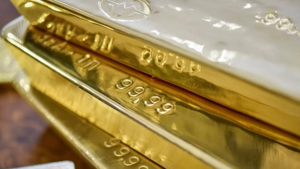 Gold prices fell 0.12%  to $1,310 an ounce (28.34 grams), and silver by 0.15% to $16.37 an ounce in Singapore.