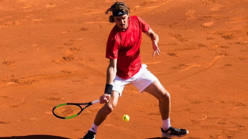 Stefanos Tsitsipas, who reached the final of the Barcelona Open tennis tournament last week, is continuing their good form at Estoril Open in Portugal.