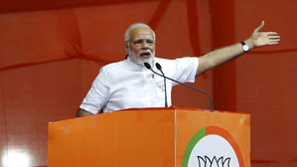 PM Modi hails Siddaganga Mutt, slams Congress for anti-farmer policies