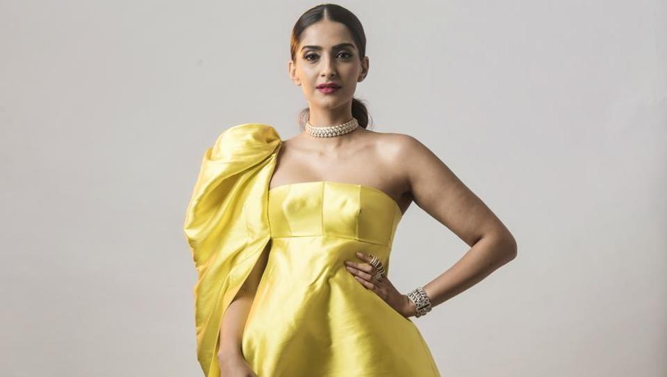 Sonam Kapoor at HT India's Most Stylish Awards 2018 held at Yashraj Studio, Andheri, Mumbai, India, on January 24 2018. (Photo by Aalok Soni/ Hindustan Times)