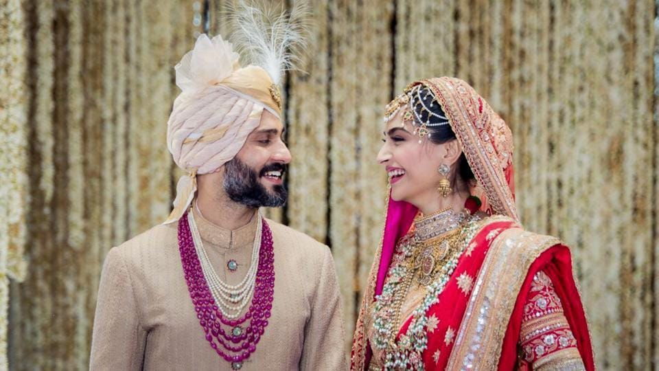 Bollywood actor Sonam Kapoor and Delhi businessman Anand Ahuja tied the knot in a traditional Sikh wedding in Mumbai on Tuesday. (PTI)
