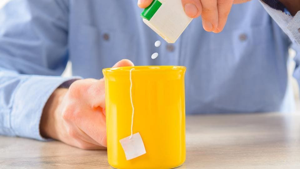 If you have diabetes, here's what happens when you swap artificial sweetener for sugar.