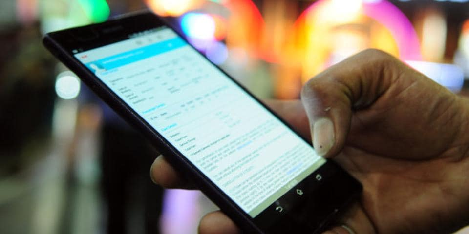 According to a new report from market research firm, over 50 crore Indians are using smartphones right now. This is a 15% rise from the numbers in 2018.
