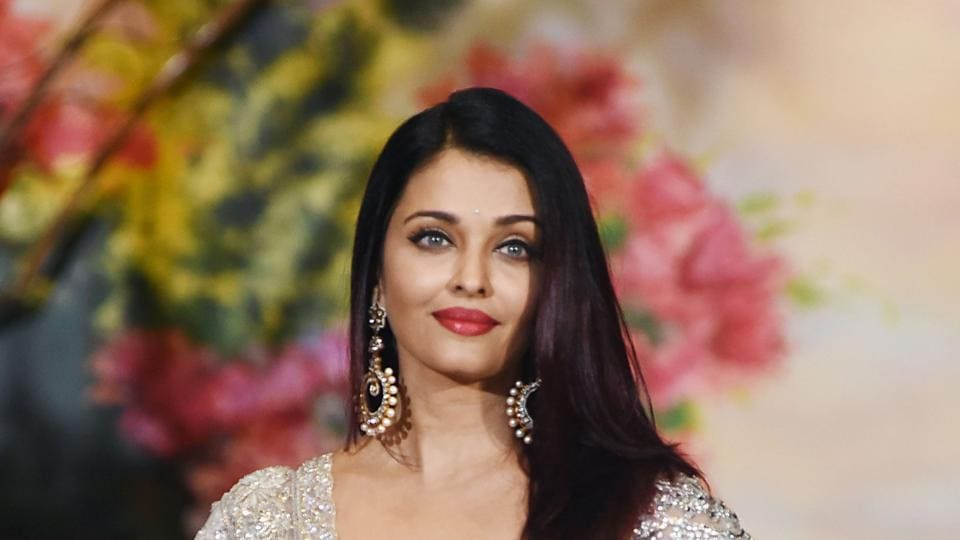 Aishwarya Rai Is Joining Instagram People! Find Out When