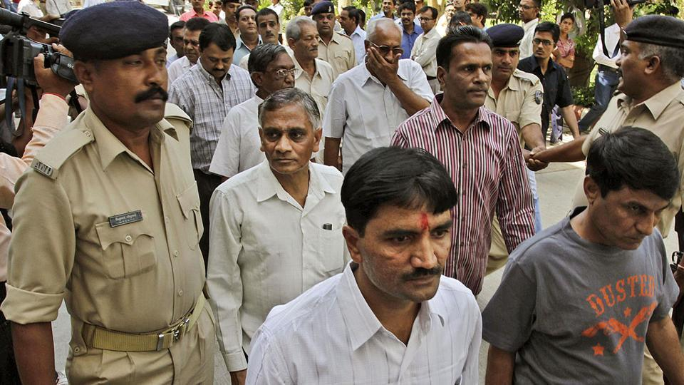 Ode massacre case: Gujarat HC confirms life sentence of 14 convicts