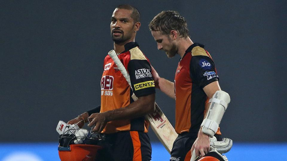 Sunrisers Hyderabad players Kane Williamson (R) and Shikhar Dhawan walk off the field after beating Delhi Daredevils in their IPL 2018 match in New Delhi, India on May 10, 2018.  (AP)