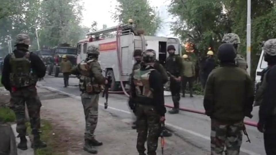 Indian soldier killed in Pulwama