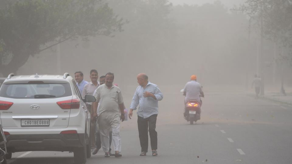 Chandigarh witnessed dust storm which was followed by showers. (Ravi Kumar/HT)