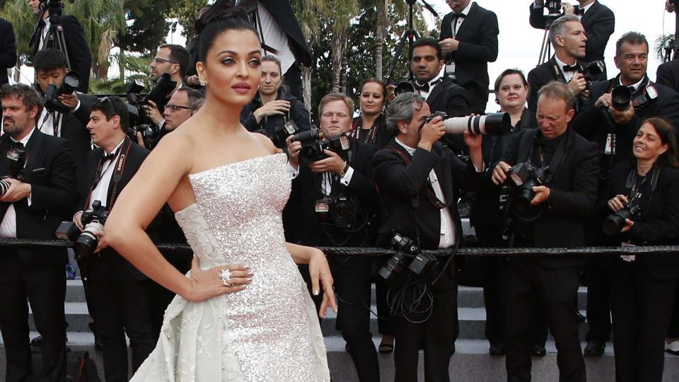 Aishwarya Rai arrives at the Cannes red carpet for the screening of Sink or Swim (Le grand bain) .