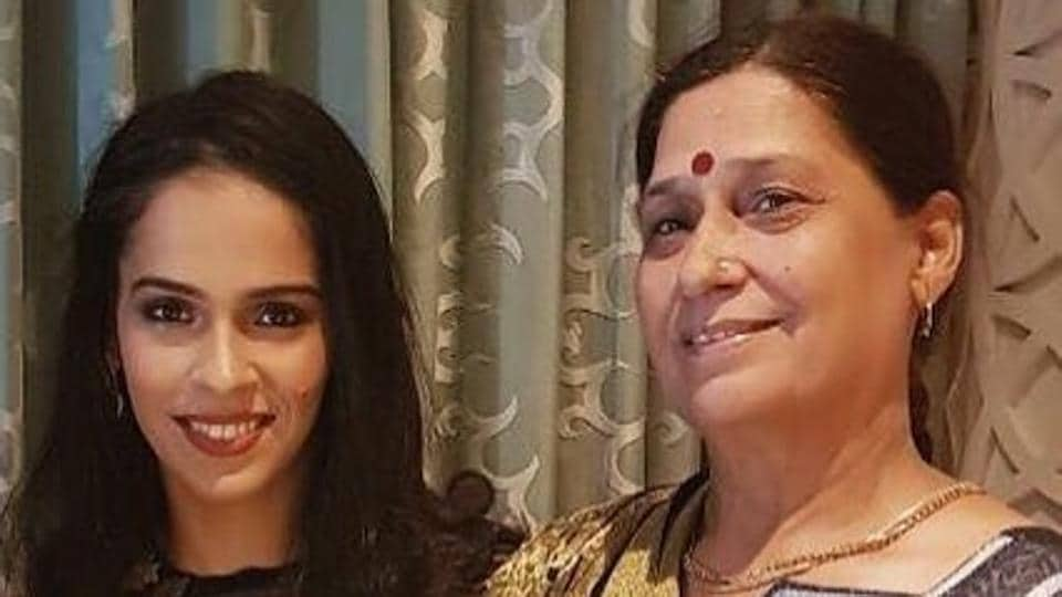 Saina Nehwal's mother is also a Badminton player and as a kid, she used to enjoy watching her play.