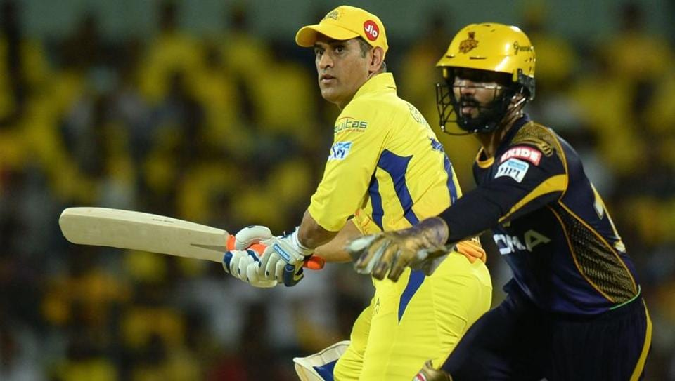 Chennai Super Kings captain MS Dhoni (L) is and Kolkata Knight Riders skipper Dinesh Karthik are just two wicketkeepers who have been key to their side's fortunes in the IPL 2018.