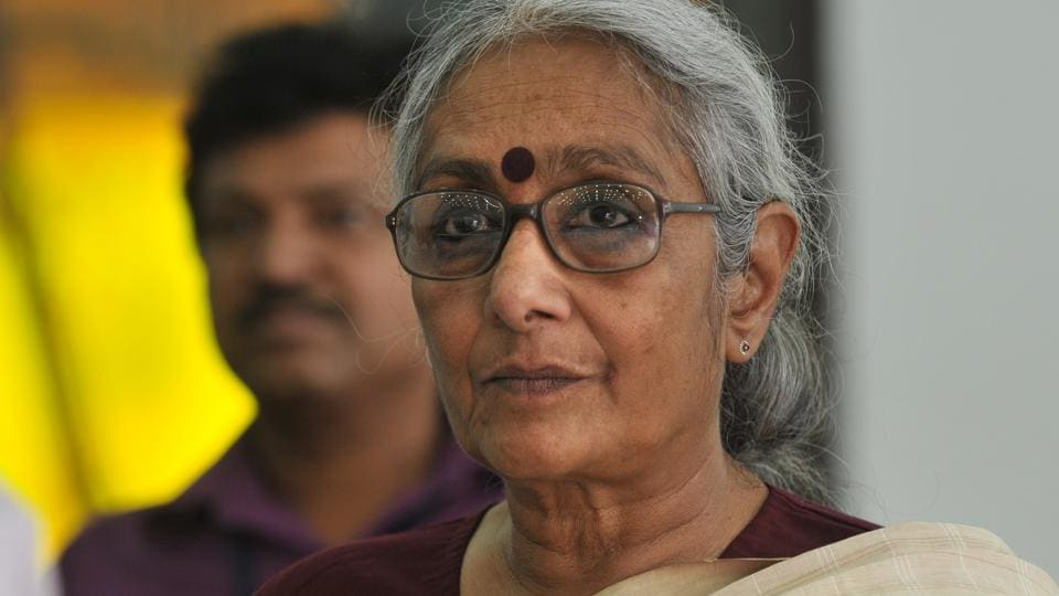 Nactivist Aruna Roy called the government's style of working 'fascist'.