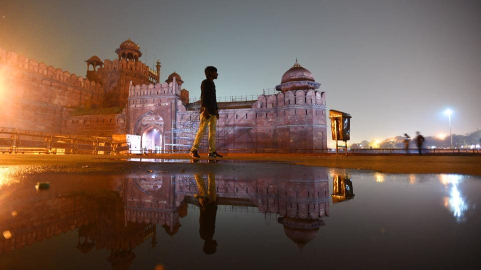 A view of the Red Fort lit up at night in Delhi. The existing façade lights at this 17th century Mughal fort will soon be replaced with architectural lighting also known as 'element illumination' to enhance its beauty after sunset. The task is being executed by National Building Construction Corporation (NBCC), which says the project will be completed before Independence Day. (Raj K Raj / HT Photo)