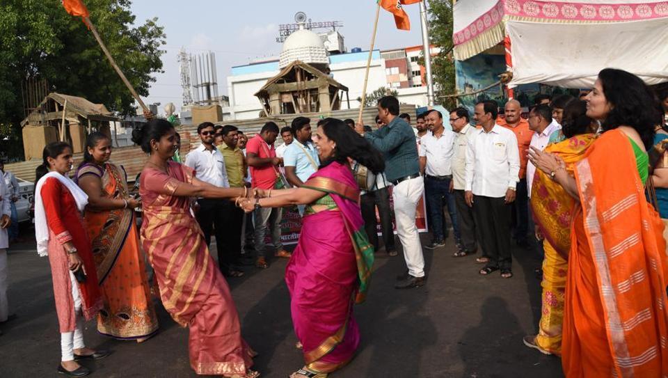 Yeddyurappa takes oath as Karnataka CM
