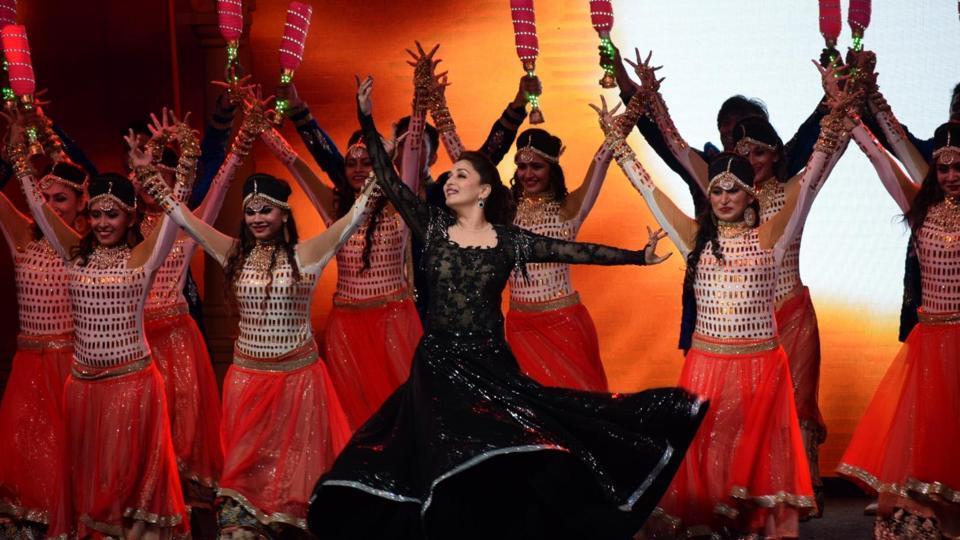 Madhuri Dixit,Dil Toh Paagal Hai,Bollywood