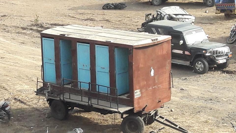 Pune,toilet,stolen