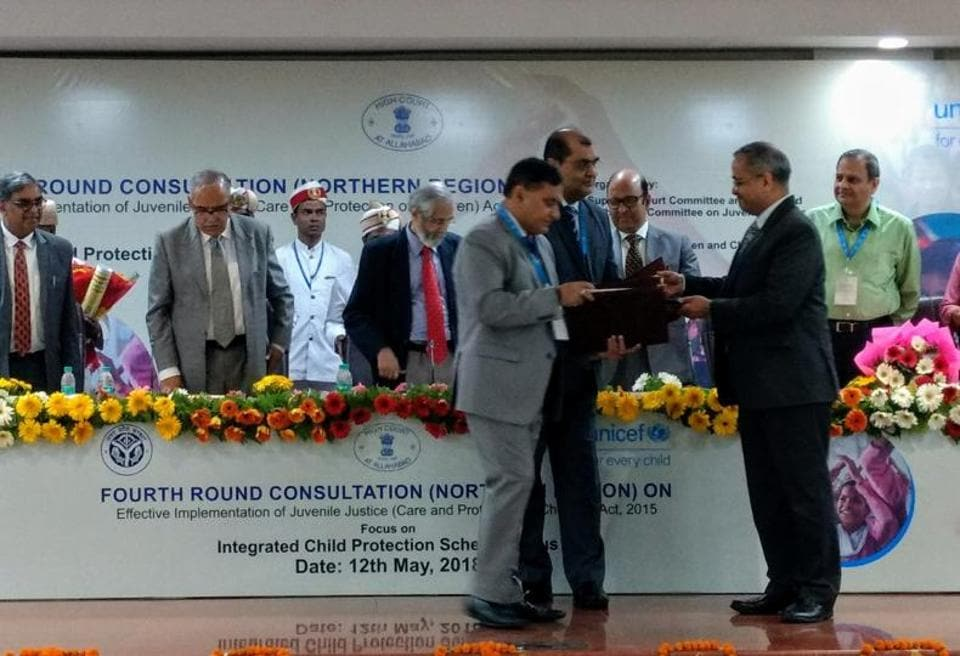 Jayant Krishna, COO, NSDC exchange MoU with DGP OP Singh.