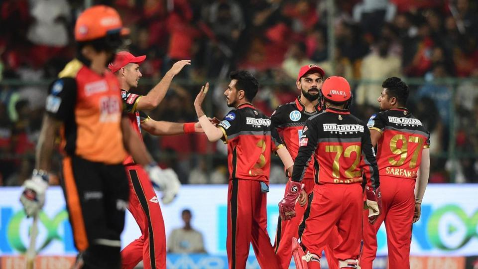 RCB players celebrating the dismissal of Shikhar Dhawan (Photo Source - IANS)