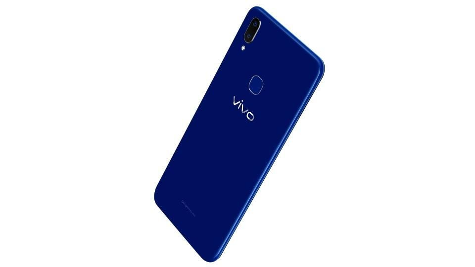 Vivo V9 saphire blue colour variant is available for Rs 22,990.