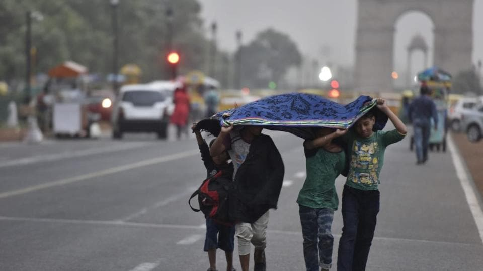 Fresh Thunderstorm Warning For Delhi And Jammu & Kashmir