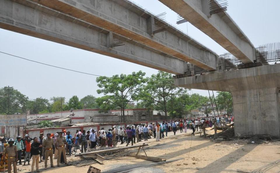 Varanasi,Flyover tragedy,UP Bridge Corporation