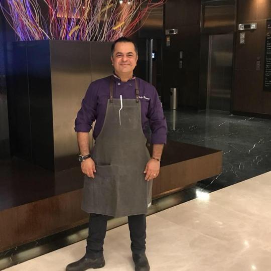 Malavika's Mumbaistan,Mumbai,Chef Vicky Ratnani