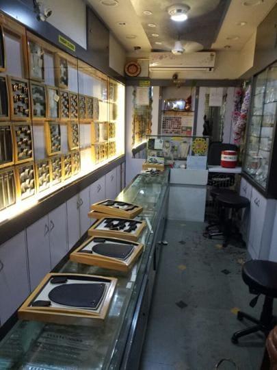 Navi Mumbai crime,jewellery shop looted,Kamothe