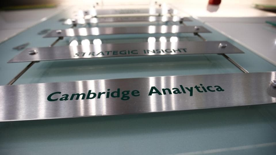 Cambridge Analytica files for bankruptcy in US