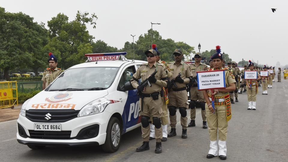 Delhi Police, in order to bolster their preparedness for any terror activities during the 70th Independence Day celebrations, pressed a fleet of 14 new Parakram vans in service on Friday. The force now has a total of 24 such vehicles at their disposal. (Mohd Zakir / HT Photo)